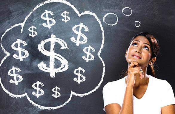 Nếu vay tiêu dùng, phải tìm hiểu kỹ những điều khoản trong hợp đồng
