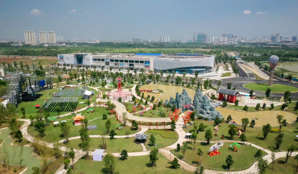 """Vinhomes mở cửa Vườn Nhật """"siêu to khổng lồ"""""""