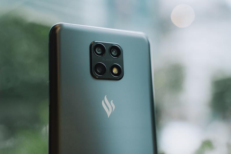 Cộng đồng Quốc tế hào hứng với điện thoại Vsmart Aris 5G