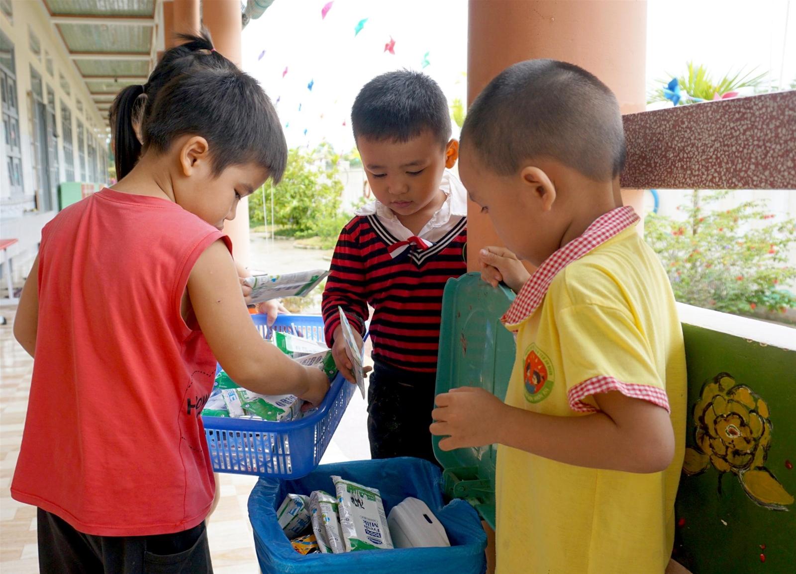Sữa học đường đến trường cùng trẻ trong năm học mới