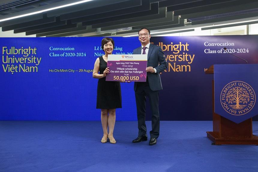TPBank trao học bổng 50.000 USD cho sinh viên Đại học Fulbright Việt Nam