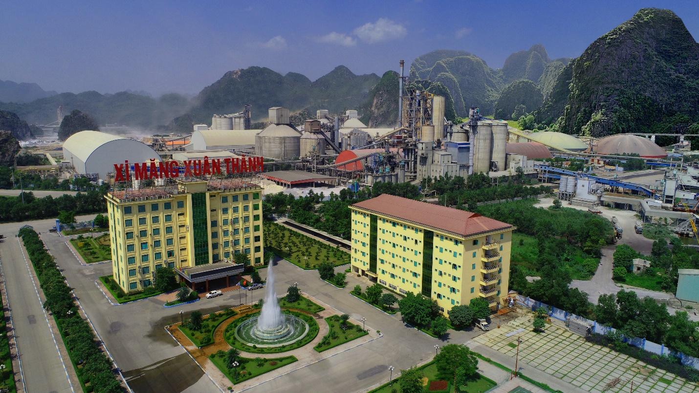 Công ty CP Xi măng Xuân Thành phát triển trên tinh thần thượng tôn pháp luật