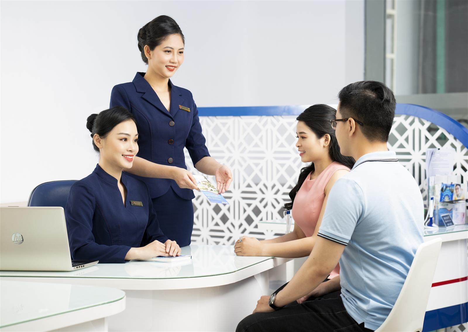 Nâng cao chất lượng sản phẩm dịch vụ ngân hàng – Không chỉ khách hàng hưởng lợi