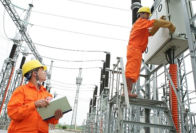 Giá điện sinh hoạt: Phân chia giữa các bậc thang chưa hợp lý