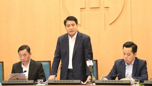 Chủ tịch Hà Nội yêu cầu không đón du khách vùng tâm dịch Corona