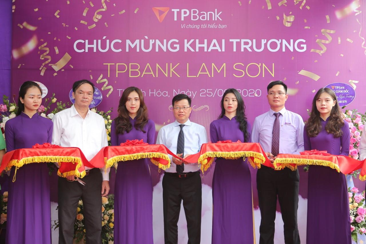 Thanh Hóa: TPBank Lam Sơn chính thức đi vào hoạt động