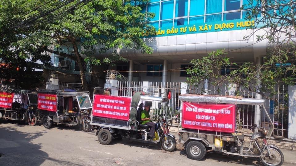 Cư dân Sky Central 176 Định Công vẫn