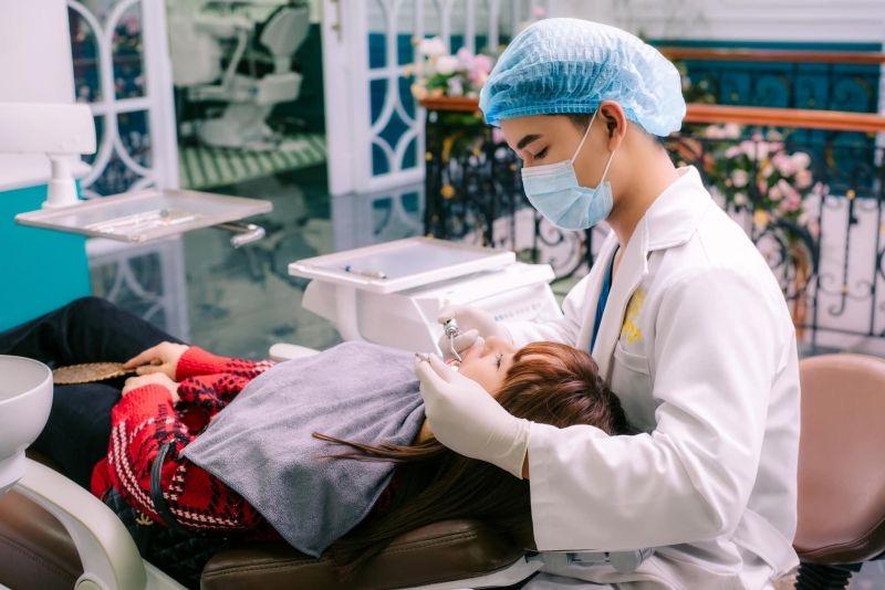 Từ vụ Davina Dentist hoạt động không phép: Rủi ro tiềm ẩn từ các phòng khám chui