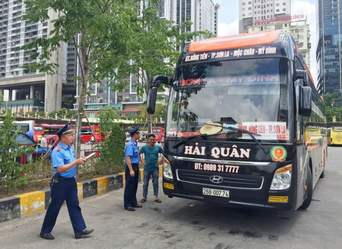 Hà Nội: Xử phạt gần 3.700 vi phạm trong hoạt động vận tải khách