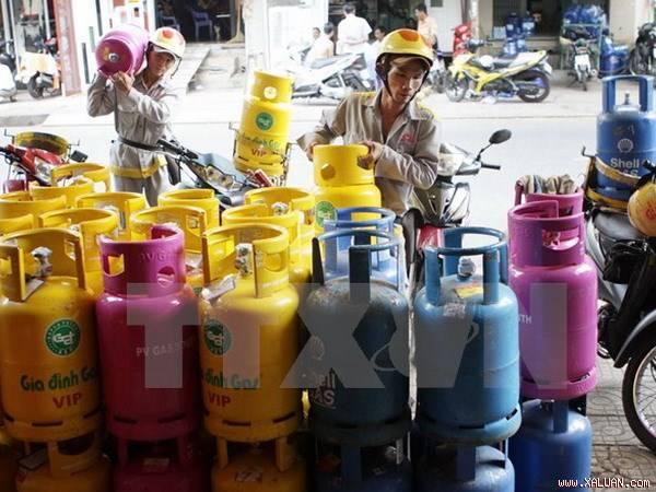 Bắt giữ hàng nghìn bình gas sang chiết trái phép ở Hà Nội
