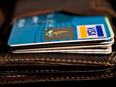Học cách sử dụng thẻ tín dụng của người giàu