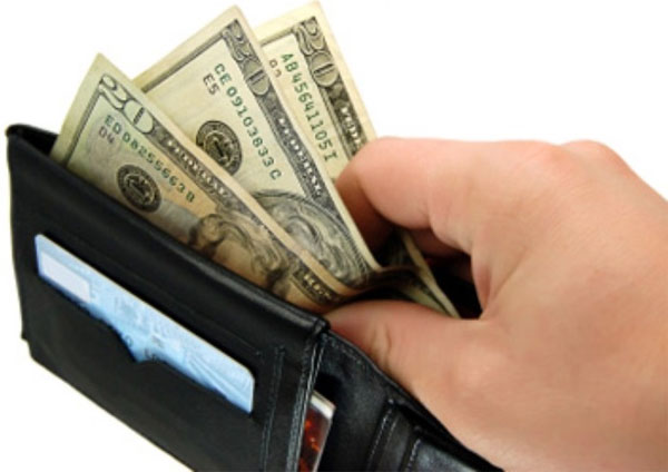 """Cách chọn và sử dụng ví theo phong thủy để """"tiền vào như nước"""""""