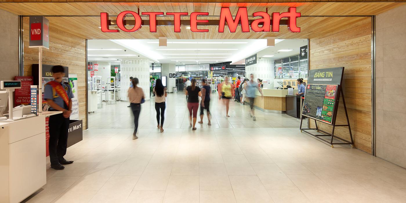Vietcombank ưu đãi khách hàng mua sắm tại Lotte Mart nhân dịp 20-11
