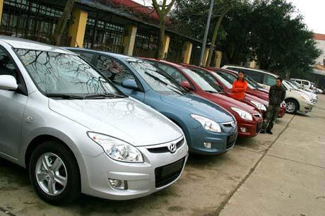 Chuẩn bị thủ tục, giấy tờ gì khi mua xe ô tô cũ?