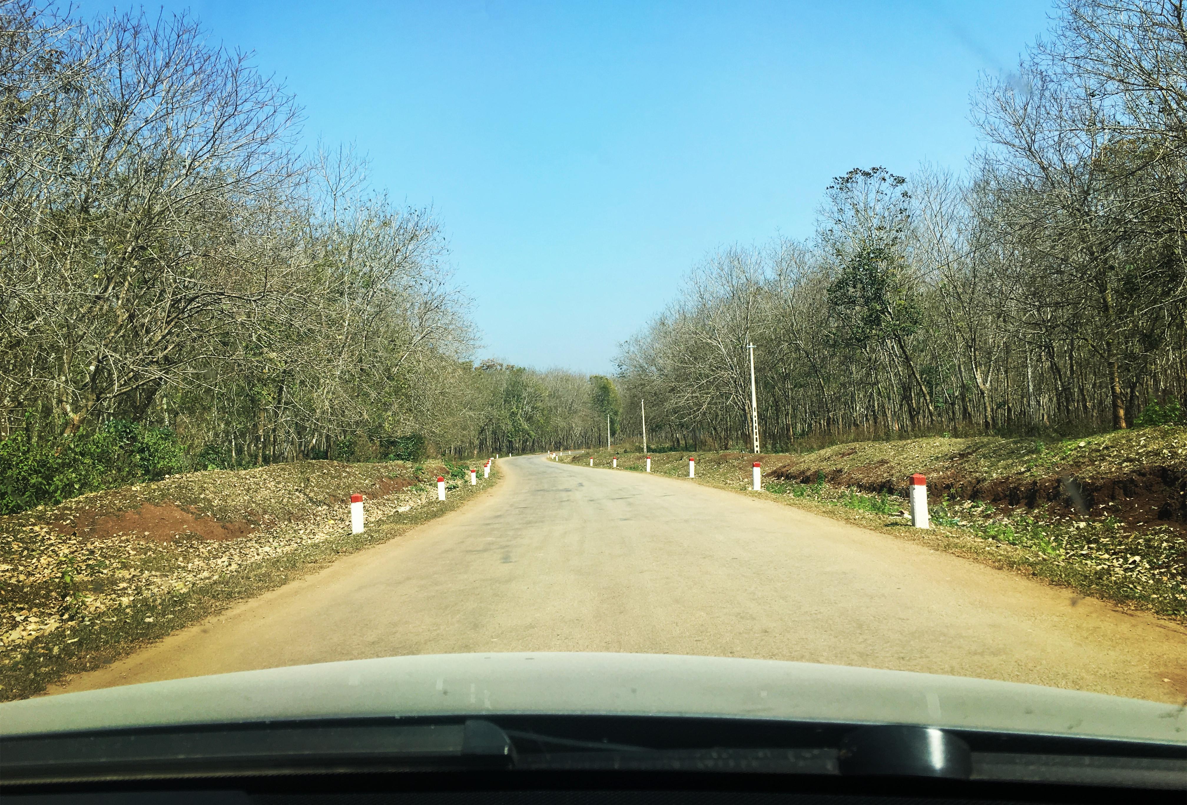 Cách kiểm tra xe ô tô và chuẩn bị cho hành trình dài