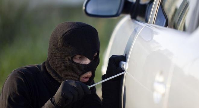 Tổng hợp kinh nghiệm chống trộm cho xe ô tô