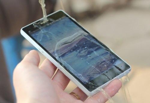 Cách đọc chỉ số IP khi mua điện thoại smartphone chống nước