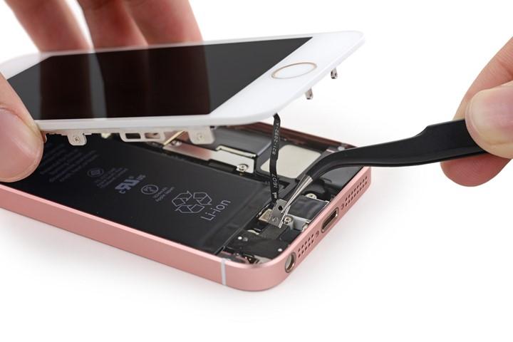 Phân biệt iPhone SE được độ vỏ và hàng thật chuẩn 100%