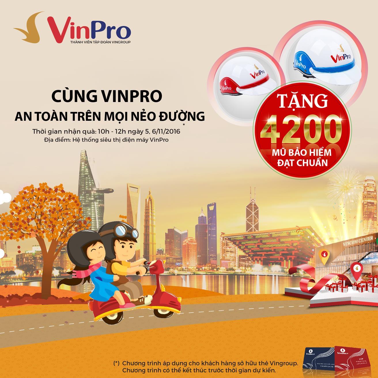 VinPro tặng 4.200 mũ bảo hiểm cho chủ thẻ VinGroup Card