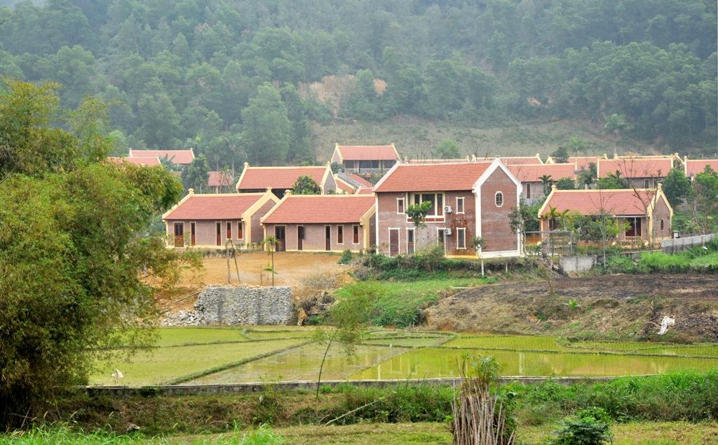 Khu nghỉ dưỡng Điền Viên Thôn: Quảng cáo rầm rộ, chính quyền không hay biết?