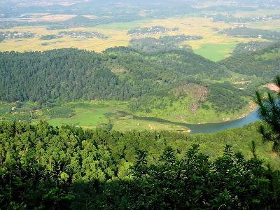 """Núi Hàm Lợn được mệnh danh là """"Nóc nhà của thủ đô"""""""