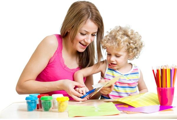 Trẻ tự kỷ: Phương pháp chơi và đồ chơi của trẻ tự kỷ