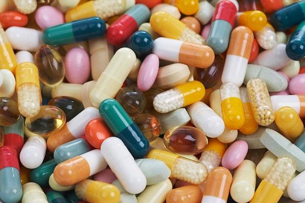 3 thói quen dùng thuốc của mẹ có thể hại chết con