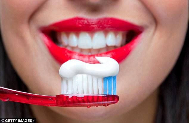 Nghiên cứu mới: Đánh răng thường xuyên sẽ giúp ngăn ngừa ung thư đại tràng