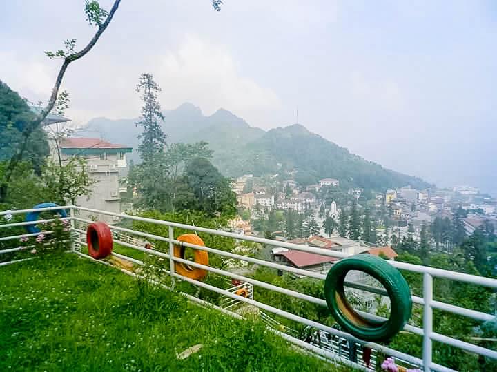 Tubotelsapa có view toàn cảnh Sapa, Thung lũng mường hoa và đỉnh Phansipan
