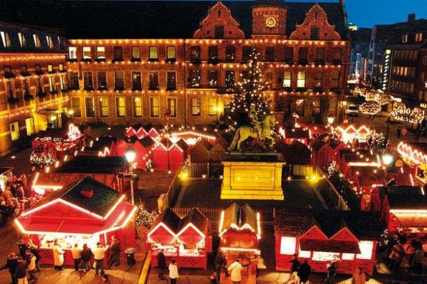 Những thành phố châu Âu đẹp nổi tiếng mùa Giáng sinh