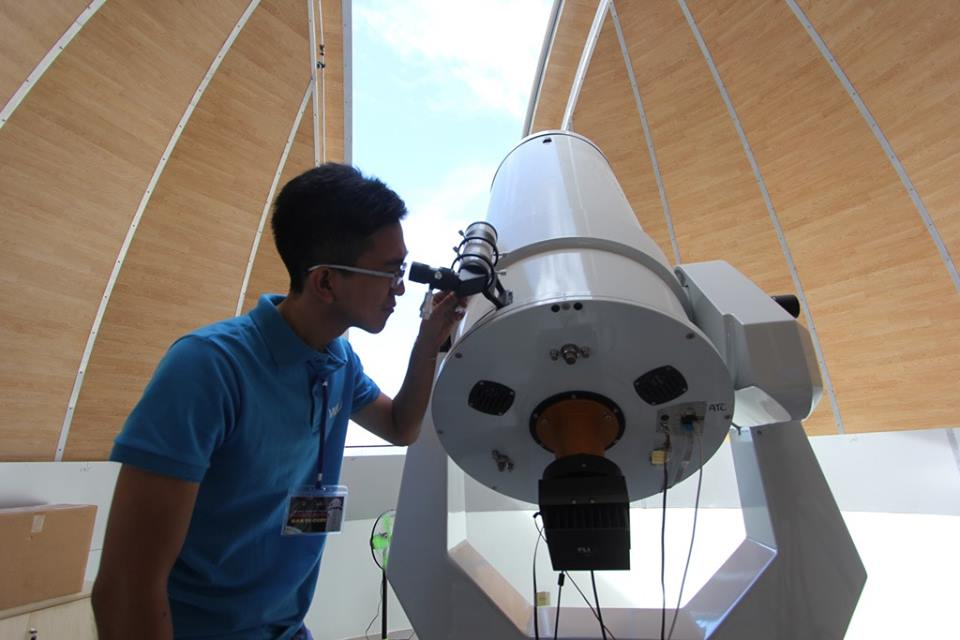 Chiêm ngưỡng vũ trụ, các vì sao qua kính thiên văn hiện đại