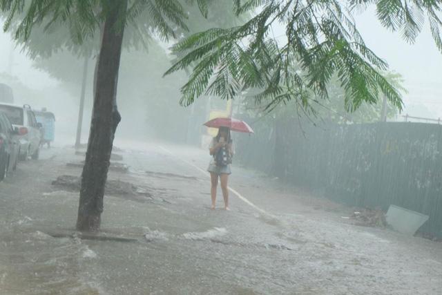Dự báo thời tiết đêm 19 ngày 20/7/2018 khu vực Hà Nội và các tỉnh trong cả nước