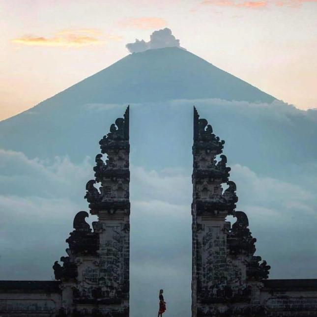 Đền Pura Lempuyang Luhur - chiếc cổng trời bước ra từ thần thoại - ảnh 11