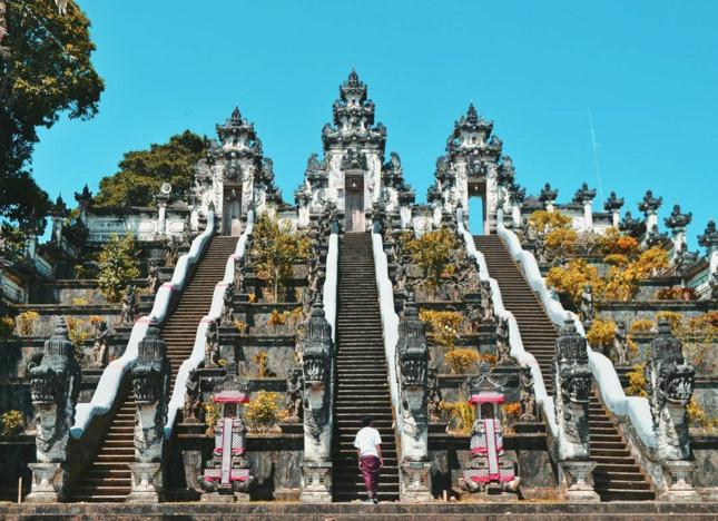Đền Pura Lempuyang Luhur - chiếc cổng trời bước ra từ thần thoại - ảnh 4