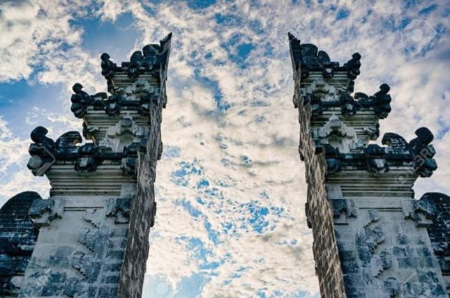 Đền Pura Lempuyang Luhur - chiếc cổng trời bước ra từ thần thoại - ảnh 6