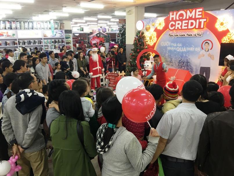 Home Credit đẩy mạnh tư vấn kiến thức vay tiêu dùng dịp cuối năm