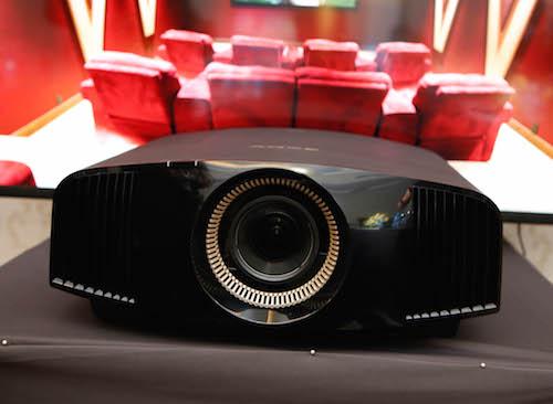 Ngoài chiếc 760ES, người tiêu dùng có thể lựa chọn bộ đôi 360ES và 260ES với giá mềm hơn rất nhiều.