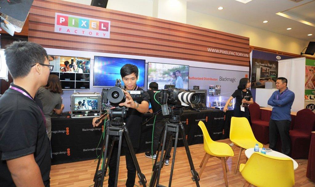 Khai mạc Triển lãm ảnh và các thiết bị ngành ảnh đầu tiên ở Việt Nam