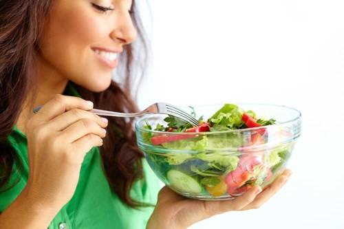 Một bữa ăn nhiều rau sẽ tốt cho cơ thể hơn là nhiều tinh bột và đường.