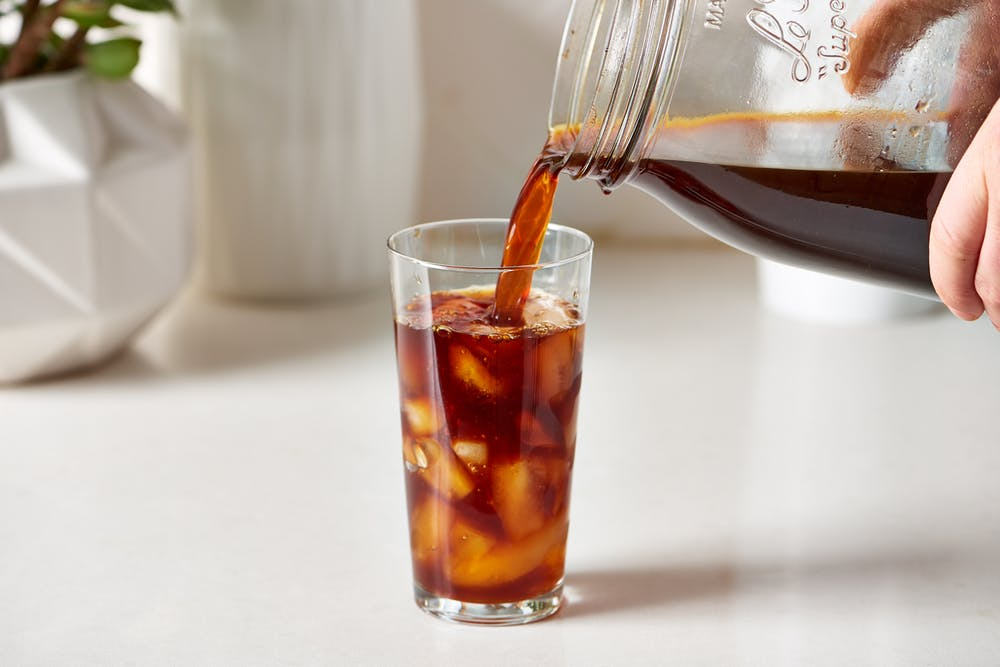 Tự làm cà phê đá giống hương vị Starbucks tại nhà
