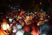 Nhiều tuyến phố Hà Nội bỗng