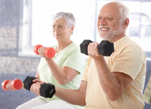 Thể dục thường xuyên để giảm lão hóa