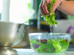 Ăn rau đúng là dưỡng chất, chế biến sai âm thầm hại thân