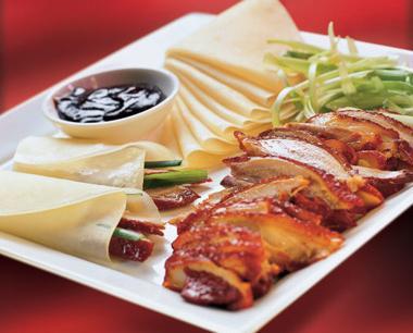 Cách ăn vịt quay Bắc Kinh