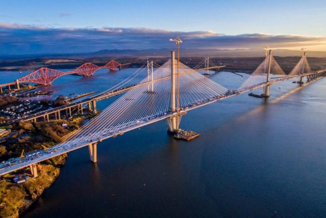 """Cây cầu """"cánh buồm"""" dài nhất thế giới"""