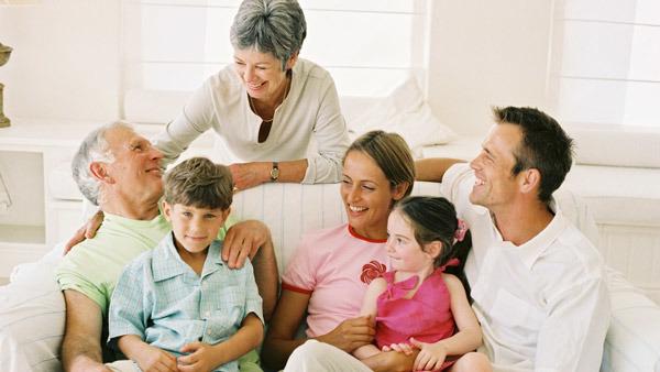 Một kỳ nghỉ an toàn sức khỏe cho người già
