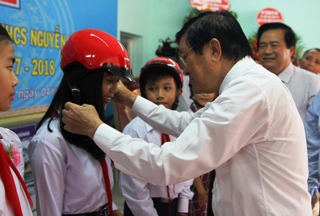 Long An: Lễ khai giảng đầu tiên của trường THCS Nguyễn Văn Chính