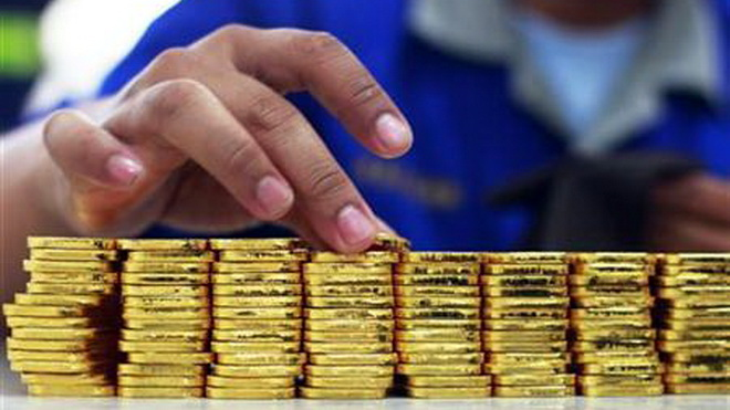 Giá vàng ngày 28/10: Vàng rơi tự do, thảm hại dưới đáy sâu