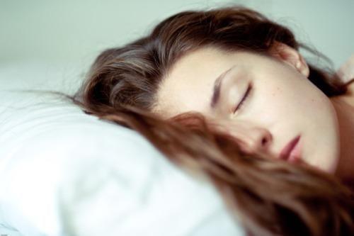 Bí quyết để luôn thon gọn ngay cả khi ngủ