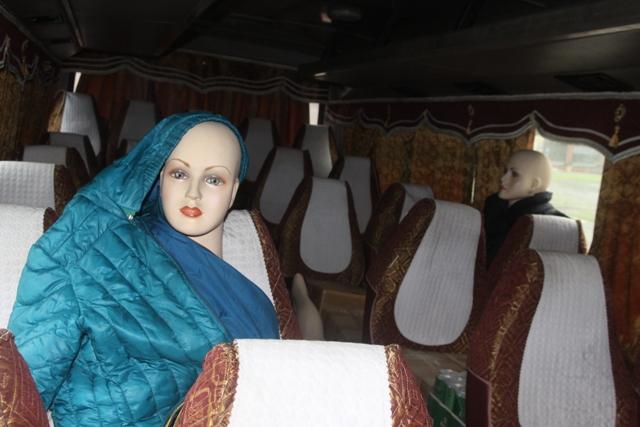 Chiêu trò tinh vi: Dùng ma nơ canh giả hành khách để chuyển hàng lậu